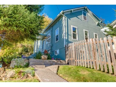 Kalama Single Family Home For Sale: 416 N 3rd Pl