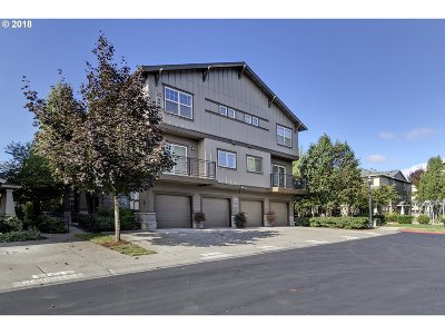 Hillsboro Condo/Townhouse For Sale: 675 NW Garswood Ter
