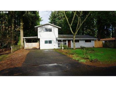 Lake Oswego Single Family Home For Sale: 5751 Washington Ct