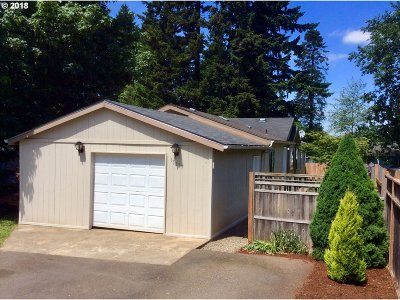 Molalla Single Family Home For Sale: 15657 S Tall Timber Ln