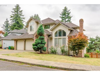 Portland Single Family Home For Sale: 14107 SE Fircrest Ct