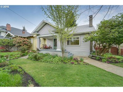 Portland Single Family Home For Sale: 3106 NE 45th Ave