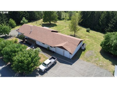 Junction City Single Family Home For Sale: 24920 Paradise Dr