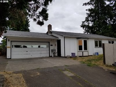 Portland Single Family Home For Sale: 5334 SE 99th Ave