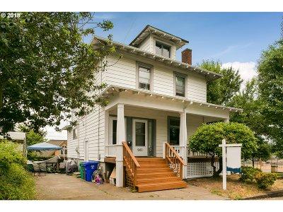 Portland Multi Family Home For Sale: 905 SE 50th Ave