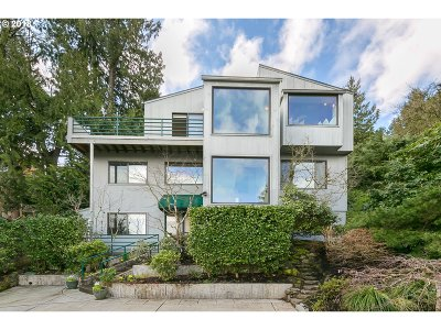 Portland Single Family Home For Sale: 3426 NW Thurman St