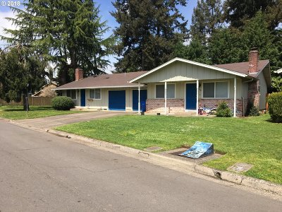 Eugene Multi Family Home For Sale: 588/592 Cinderella Loop