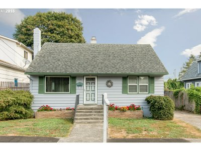 Single Family Home For Sale: 7735 SE Market St