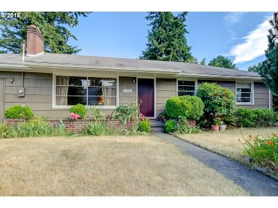 Single Family Home For Sale: 12504 SE Salmon Ct