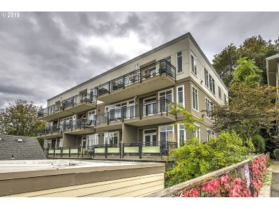 Condo/Townhouse For Sale: 1815 SW 16th Ave SW #402
