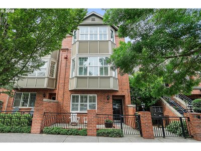 Portland Condo/Townhouse For Sale: 2357 NW Quimby St