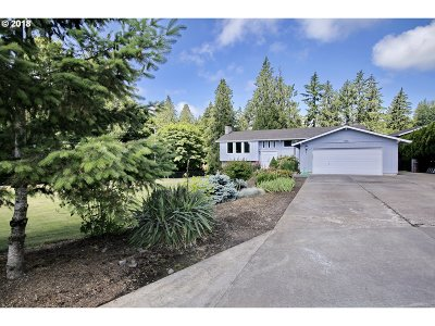Multnomah County Single Family Home For Sale: 7505 SE 152nd Ave