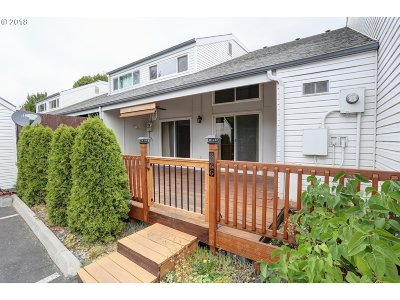 Vancouver Condo/Townhouse For Sale: 306 NE 85th St #G