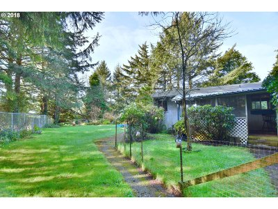 Coos Bay Single Family Home For Sale: 62194 Crown Point Rd