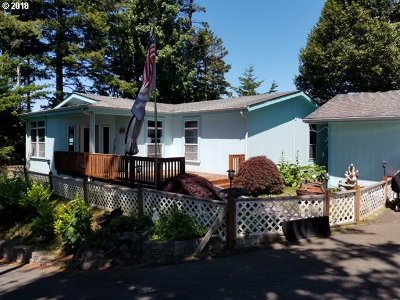 North Bend Single Family Home For Sale: 2639 Brussells St