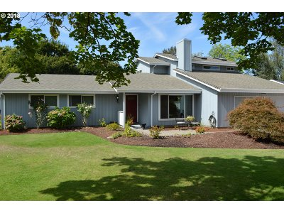 Keizer Single Family Home For Sale: 3825 3rd Ave