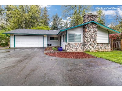 Lake Oswego Single Family Home For Sale: 5465 Childs Rd