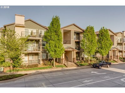 Hillsboro Condo/Townhouse For Sale: 18572 NW Holly St #307