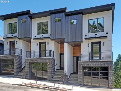 West Hills Condo/Townhouse For Sale: 1625 SW Montgomery A St