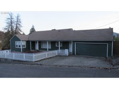 Roseburg OR Single Family Home For Sale: $179,900