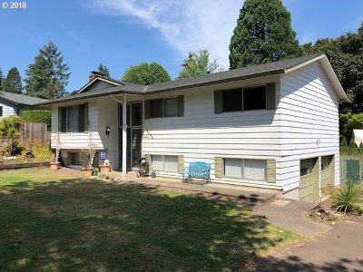 Tigard Single Family Home For Sale: 8655 SW Pinebrook St