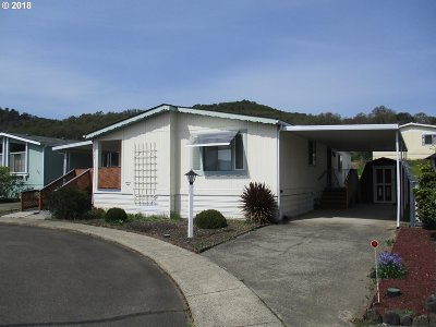 Roseburg Single Family Home For Sale: 828 Shadow Ranch Ln