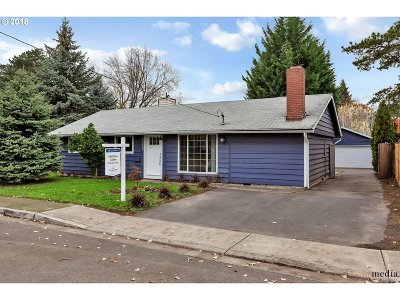 Beaverton Single Family Home For Sale: 11925 SW 7th St