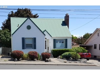 Pendleton Single Family Home For Sale: 24 NW 10th St