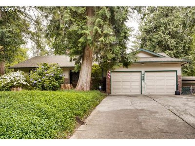 Oregon City Single Family Home For Sale: 18887 S Forest Grove Loop