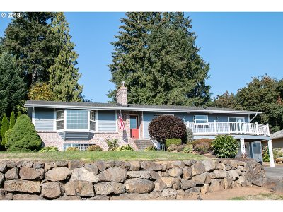 Scappoose Single Family Home For Sale: 52539 NW Eastview Dr