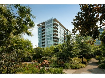 Condo/Townhouse For Sale: 1920 SW River Dr #307