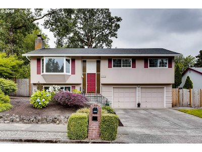 Single Family Home For Sale: 7555 SW Wilson Ave