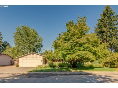 Canby Single Family Home For Sale: 1303 N Maple St