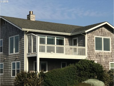 Bandon Single Family Home For Sale: 1385 SW 8th St