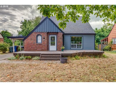 Washougal Single Family Home For Sale: 2442 Main St