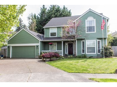 Tualatin Single Family Home For Sale: 11030 SW Wintu Ct