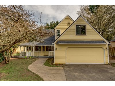 Tualatin Single Family Home For Sale: 22186 SW Mandan Dr