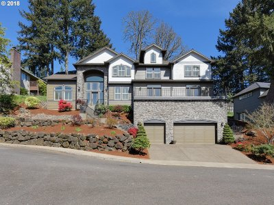 West Linn Single Family Home For Sale: 2439 Tipperary Ct