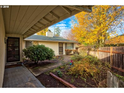 Beaverton Multi Family Home For Sale: 6445 SW 192nd Ave