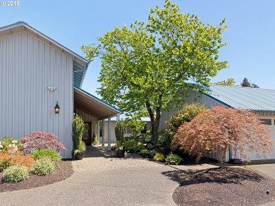 West Linn Single Family Home For Sale: 1323 SW Schaeffer Rd