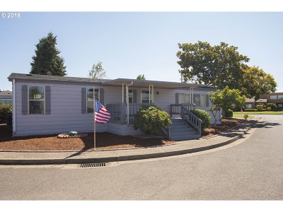 Eugene Single Family Home For Sale: 1199 N Terry St Space 369