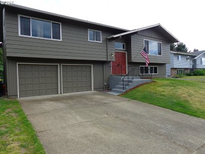 Troutdale Single Family Home For Sale: 920 SW Cherry Park Rd