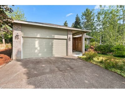 Forest Grove Single Family Home For Sale: 235 Meadow View Rd
