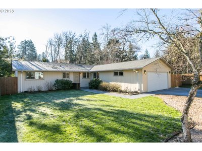 Tigard Single Family Home For Sale: 10950 SW Pathfinder Way
