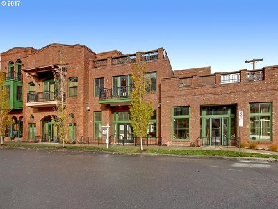 Portland Condo/Townhouse For Sale: 3235 SW 1st Ave