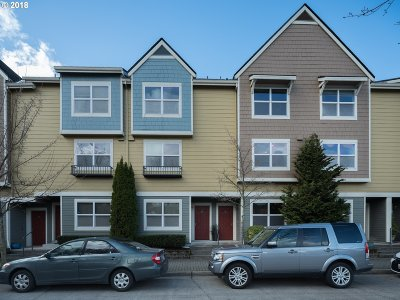 Vancouver Condo/Townhouse For Sale: 788 SE Fairwinds Loop