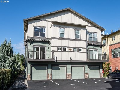 Milwaukie, Clackamas, Happy Valley Condo/Townhouse For Sale: 11217 SE Causey Cir