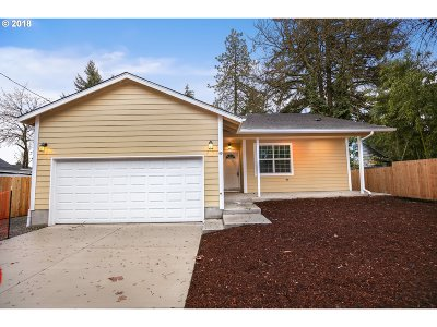 Eugene Single Family Home For Sale: 59 Lund Dr