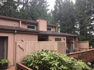 Vancouver Condo/Townhouse For Sale: 13407 NE Regents Dr