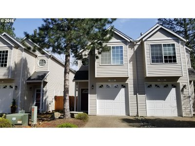 Beaverton Single Family Home For Sale: 9538 SW Commons Ct
